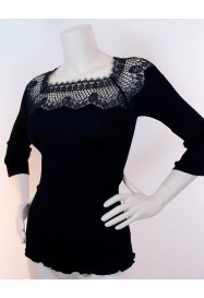 Black fancy cotton top with 3/4 sleeves by Oscalito