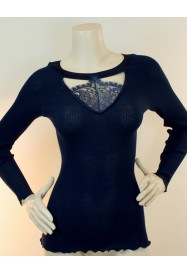 "Navy blue lacy and wool & silky top with ""CHANTILLY"" lace - Oscalito"
