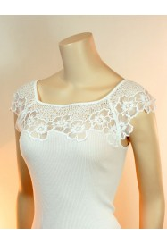 White fancy cotton top  by Oscalito